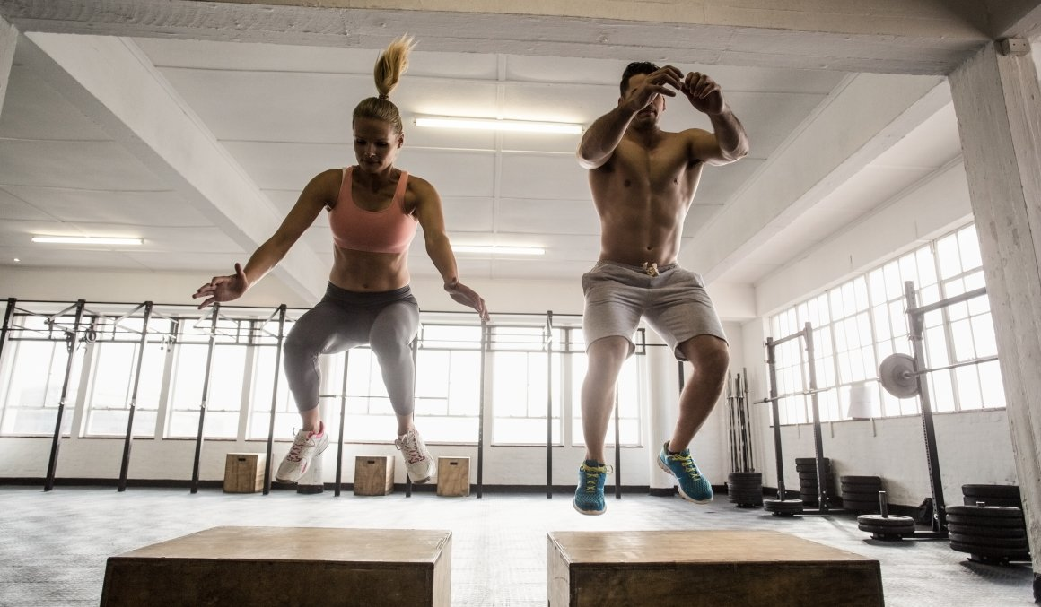 how to become a personal trainer uk